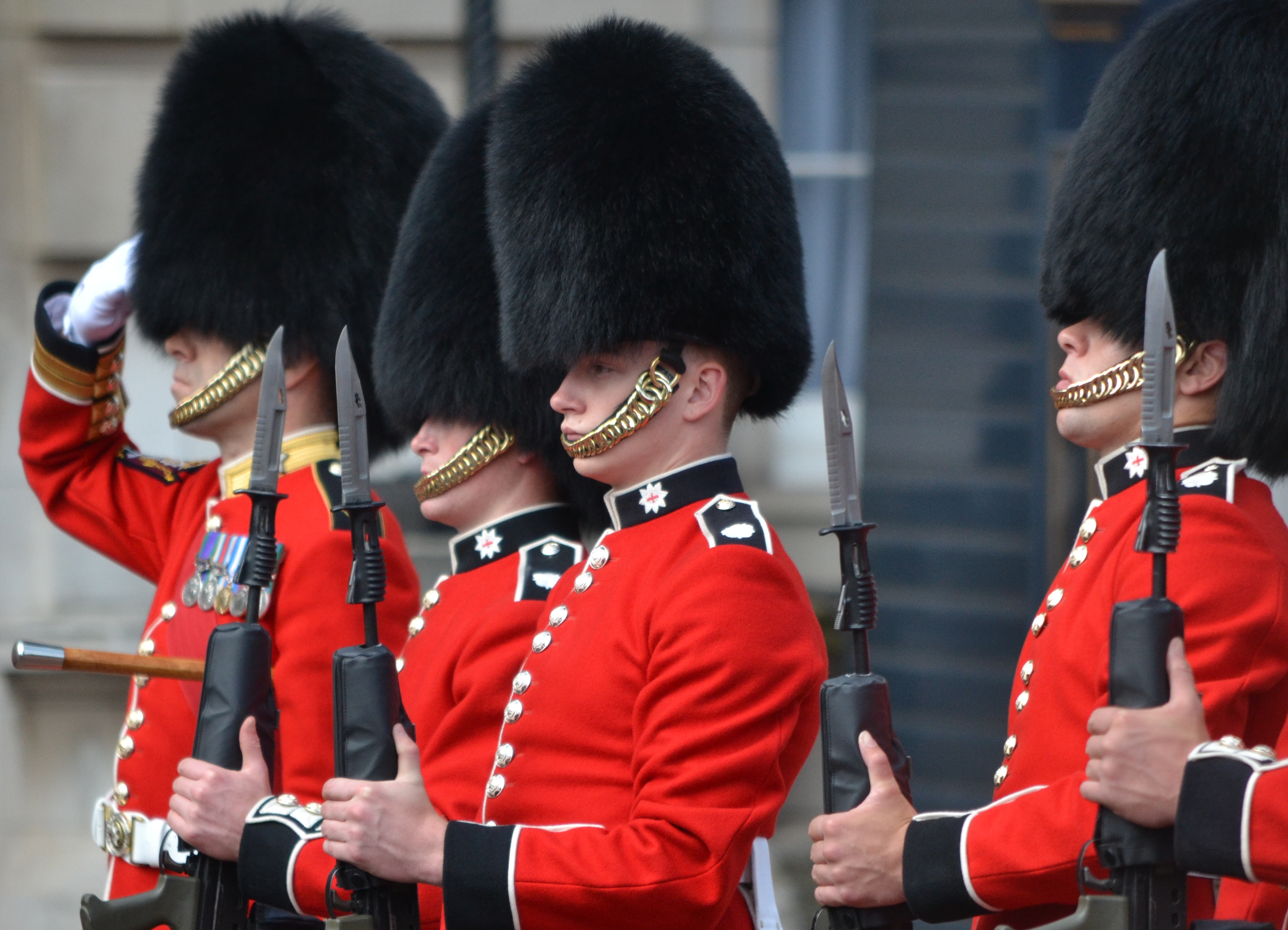 The Summer Opening of Buckingham Palace |Buckingham Palace Guards Hats
