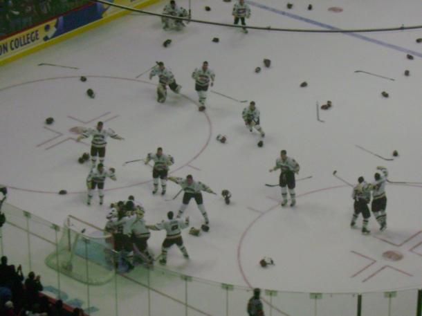 Boston College beats Notre Dame, 4-1