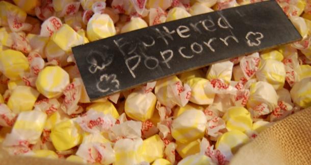 Hilo Hawaii Sugar Coast Candy Buttered Popcorn Taffy