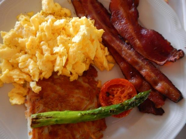 Room service breakfast at Manele Bay